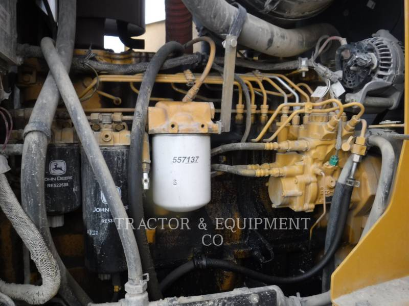 JOHN DEERE MOTOR GRADERS 772D equipment  photo 14