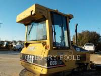 CATERPILLAR KETTENDOZER D3G equipment  photo 12