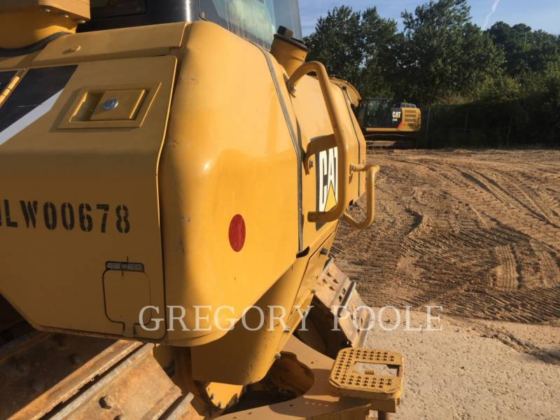 CATERPILLAR KETTENDOZER D6N equipment  photo 15