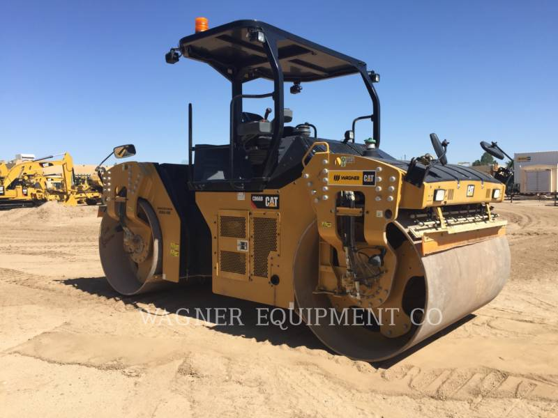 CATERPILLAR VIBRATORY DOUBLE DRUM ASPHALT CB66B equipment  photo 2