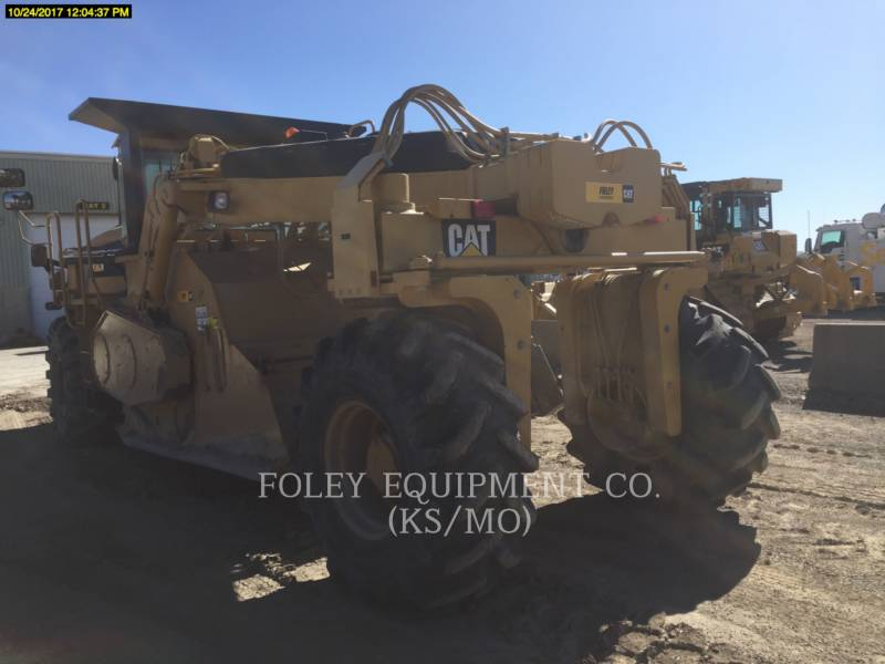 CATERPILLAR FINISSEURS RM500 equipment  photo 4
