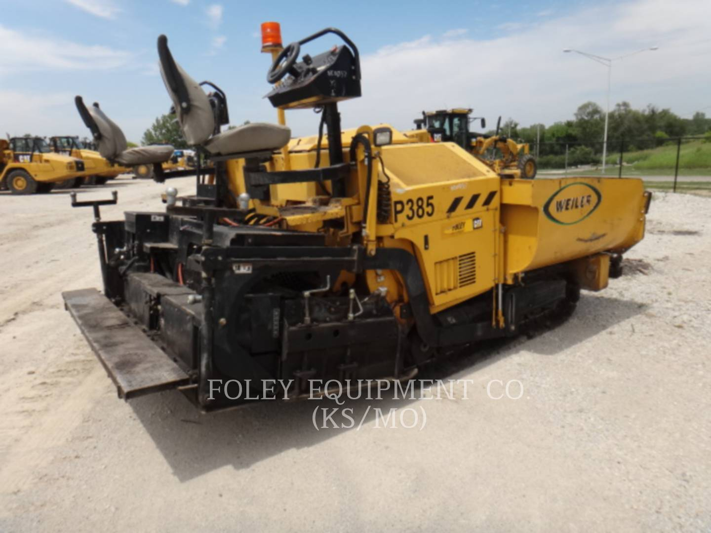 Detail photo of 2015 Weiler P385 from Construction Equipment Guide