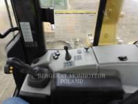 CATERPILLAR TRATORES DE ESTEIRAS D 6 N LGP equipment  photo 12