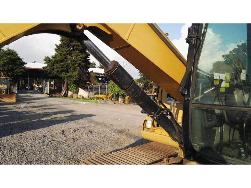 CATERPILLAR KOPARKI GĄSIENICOWE 307D equipment  photo 10