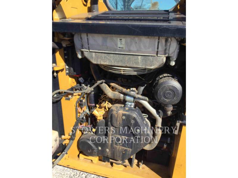 CATERPILLAR CHARGEURS TOUT TERRAIN 249D equipment  photo 14
