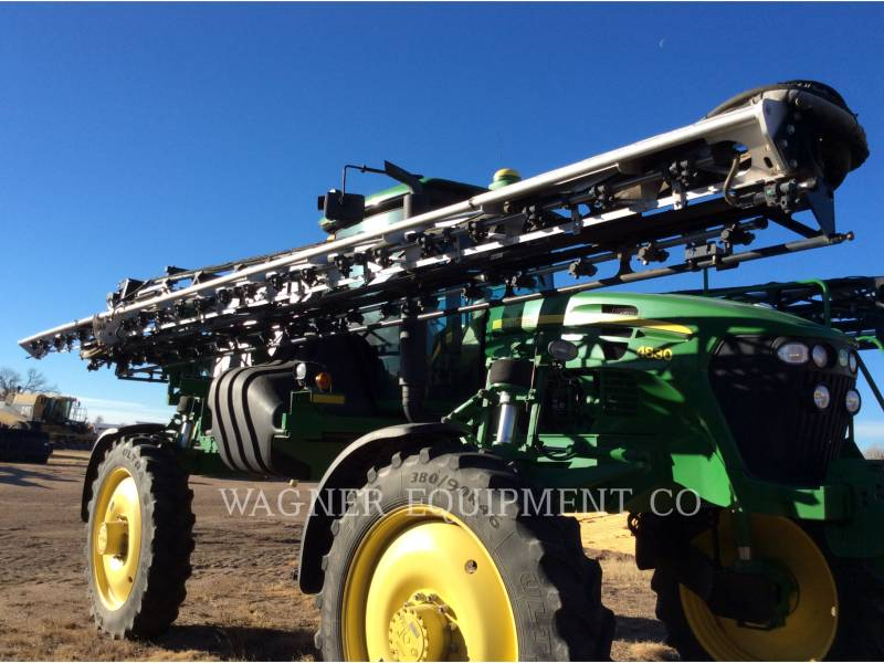 DEERE & CO. SPRAYER 4830 equipment  photo 6