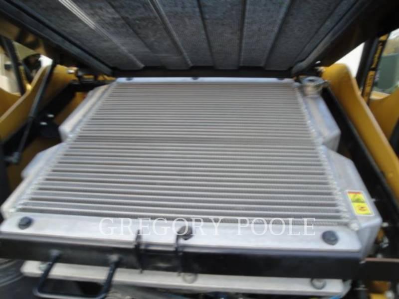 CATERPILLAR MULTI TERRAIN LOADERS 257B3 equipment  photo 1