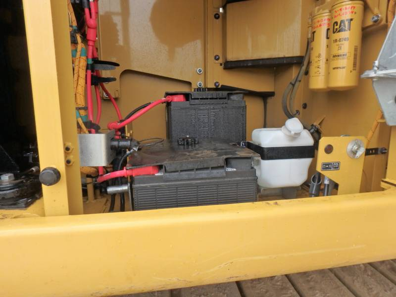 CATERPILLAR KETTEN-HYDRAULIKBAGGER 349FL equipment  photo 11