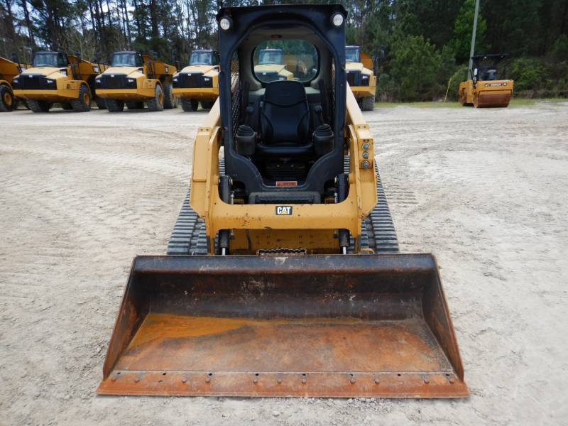CATERPILLAR CHARGEURS TOUT TERRAIN 239D equipment  photo 3