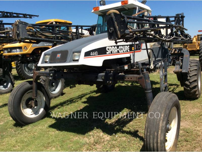 SPRA-COUPE SPRAYER 4440 equipment  photo 3