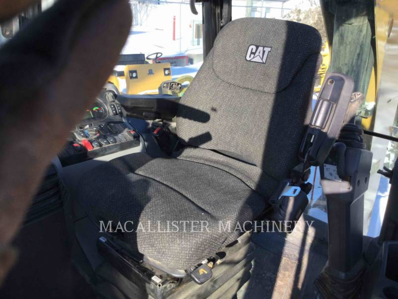 CATERPILLAR BACKHOE LOADERS 420F2ST equipment  photo 17