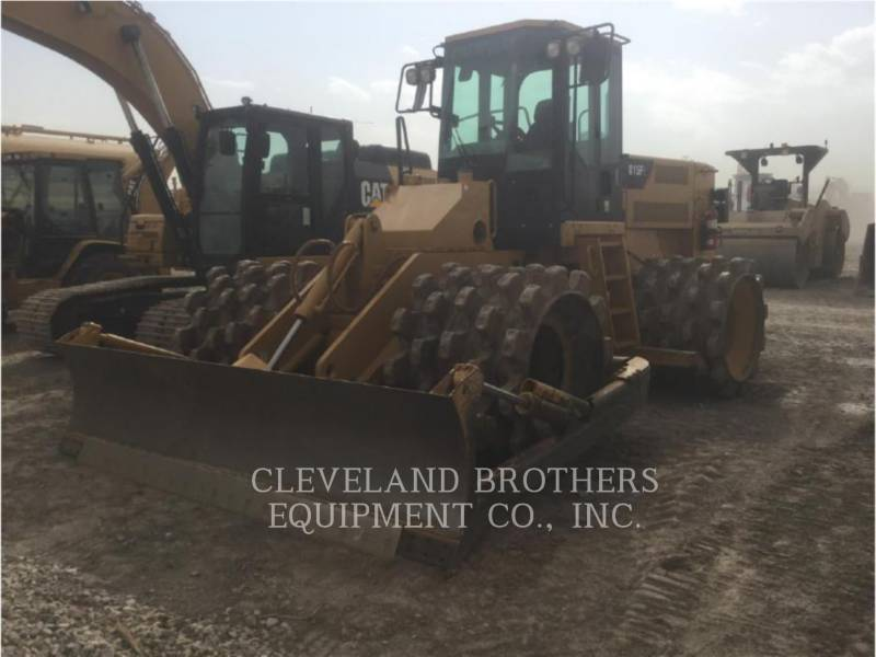 CATERPILLAR COMPACTADORES 815F equipment  photo 1