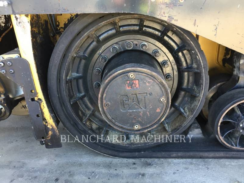 CATERPILLAR PAVIMENTADORES DE ASFALTO AP-655D equipment  photo 14