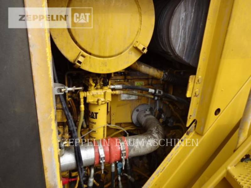 CATERPILLAR CARGADORES DE RUEDAS 988H equipment  photo 21