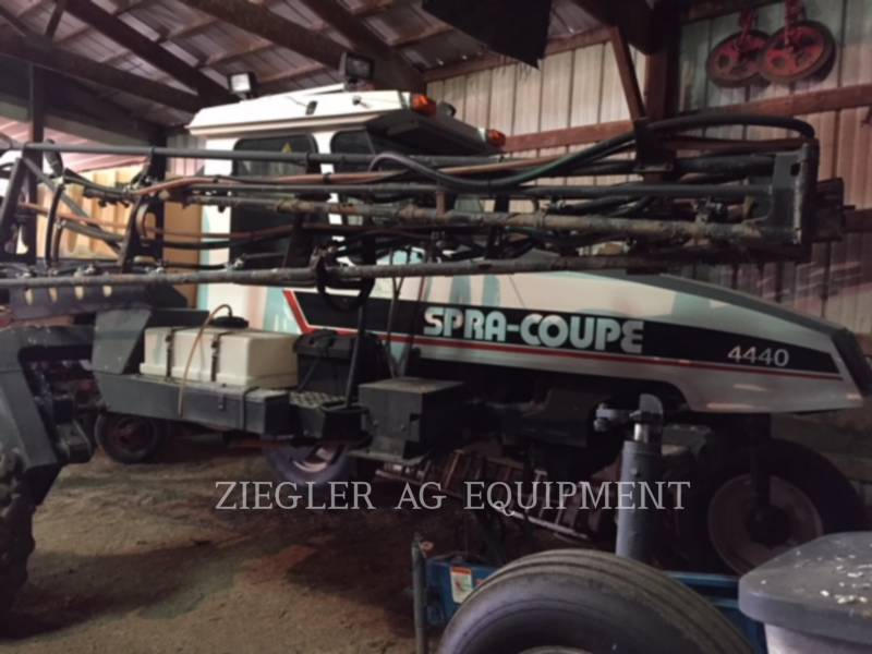 SPRA-COUPE SPRAYER 4440 equipment  photo 1
