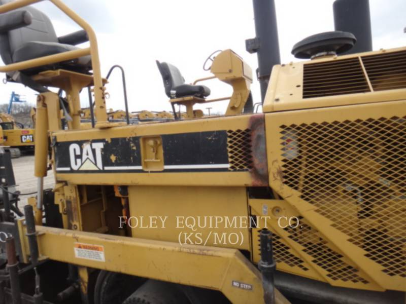 CATERPILLAR PAVIMENTADORA DE ASFALTO AP-1055B equipment  photo 2