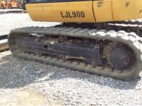 CATERPILLAR TRACK EXCAVATORS 302.7DCR equipment  photo 21