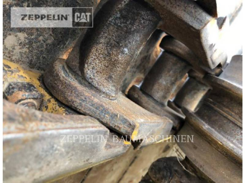 KOMATSU LTD. TRACTORES DE CADENAS D61PX-12 equipment  photo 15