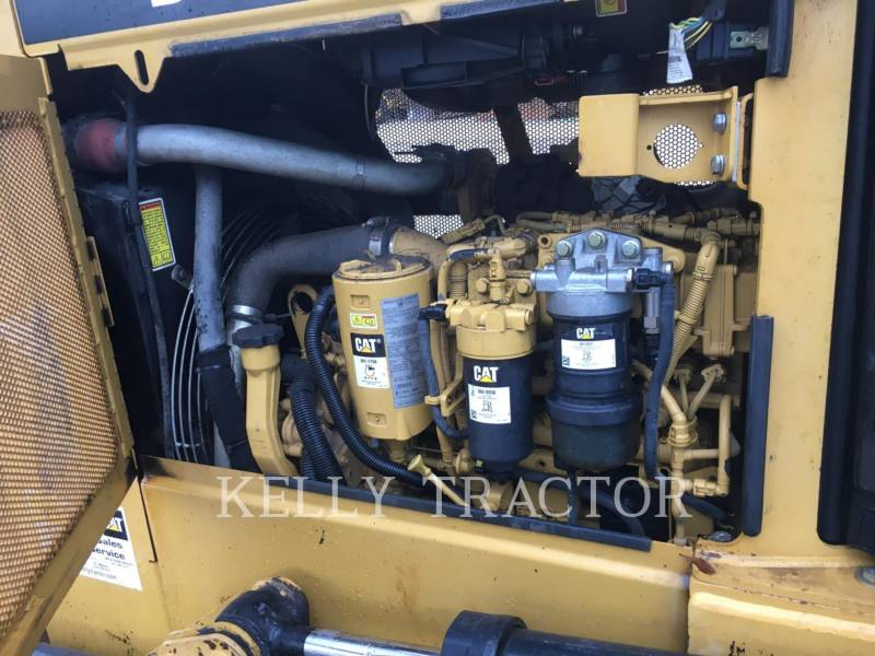 CATERPILLAR KETTENDOZER D3K2LGP equipment  photo 13