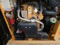 CATERPILLAR CHARGEURS TOUT TERRAIN 259 D equipment  photo 18