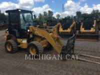 Equipment photo CATERPILLAR 903C A+ PALE GOMMATE/PALE GOMMATE MULTIUSO 1