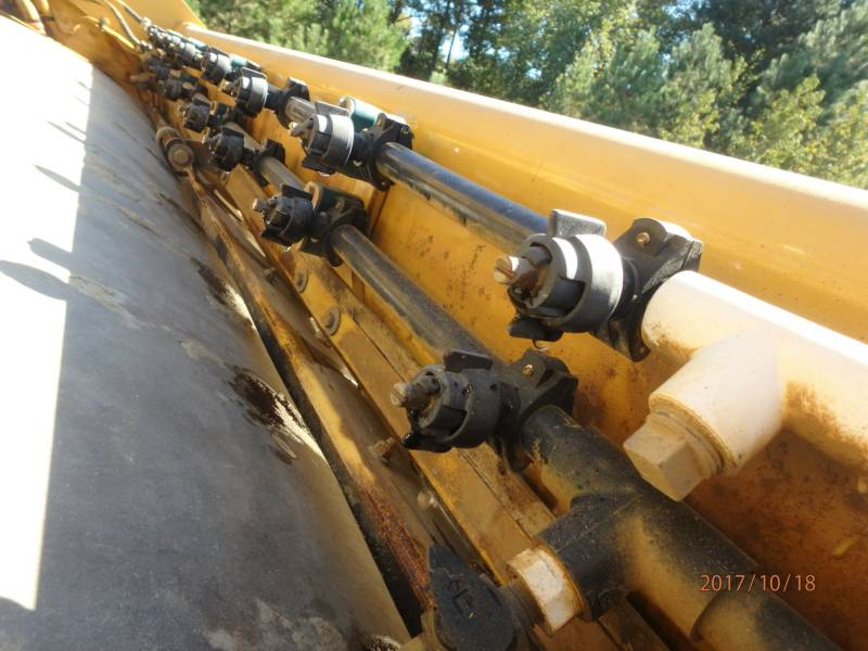 CATERPILLAR COMPACTEURS TANDEMS VIBRANTS CB54 equipment  photo 17