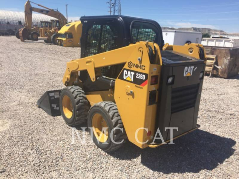 CATERPILLAR CHARGEURS COMPACTS RIGIDES 226D equipment  photo 5