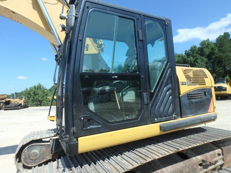 CATERPILLAR TRACK EXCAVATORS 320DLRR equipment  photo 21