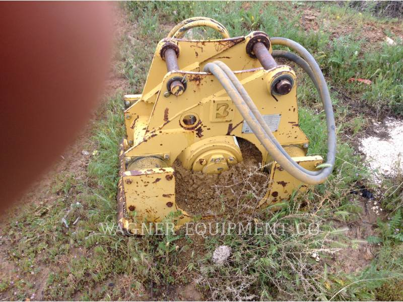CATERPILLAR CHARGEUSES-PELLETEUSES 426C 4WD equipment  photo 8