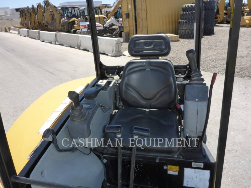 CATERPILLAR EXCAVADORAS DE CADENAS 302.7D CR equipment  photo 7