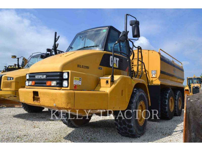 CATERPILLAR WASSER-LKWS 725 equipment  photo 4
