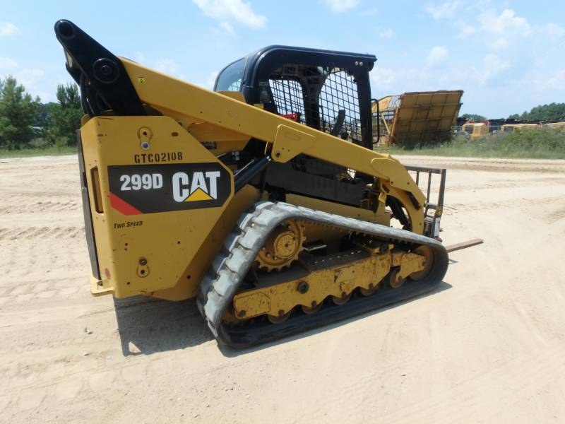 CATERPILLAR PALE CINGOLATE MULTI TERRAIN 299D equipment  photo 2