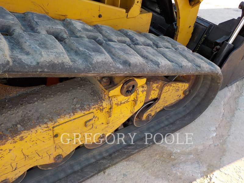 CATERPILLAR CHARGEURS TOUT TERRAIN 279D equipment  photo 19