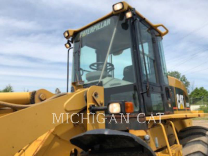 CATERPILLAR PALE GOMMATE/PALE GOMMATE MULTIUSO 924GZ equipment  photo 8