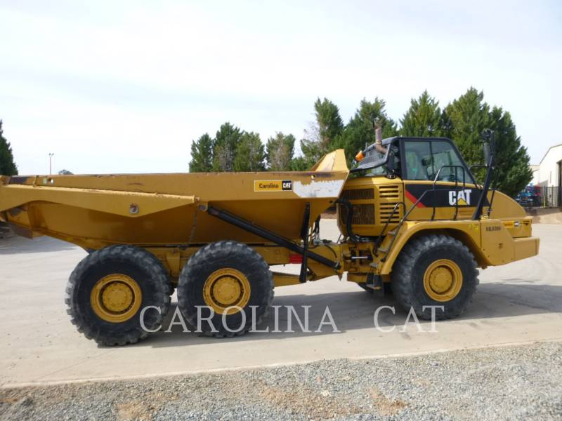 CATERPILLAR CAMIONES ARTICULADOS 725 equipment  photo 6