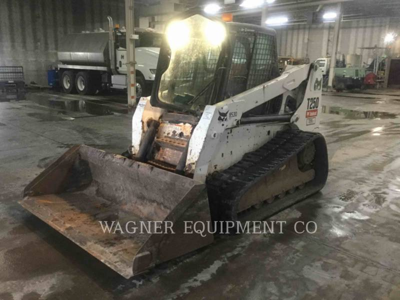 BOBCAT SKID STEER LOADERS T250 equipment  photo 1