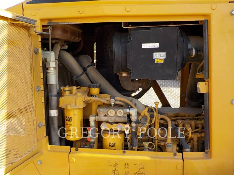 CATERPILLAR TRACK TYPE TRACTORS D6K XL equipment  photo 15
