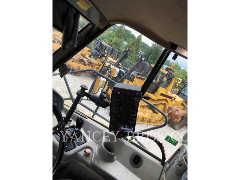 CATERPILLAR CAMIONES ARTICULADOS 740 WT equipment  photo 13