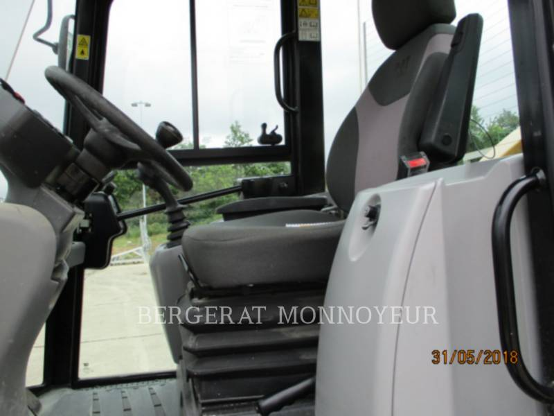 CATERPILLAR WHEEL LOADERS/INTEGRATED TOOLCARRIERS 908M equipment  photo 14