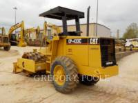 CATERPILLAR COMPACTEUR VIBRANT, MONOCYLINDRE À PIEDS DAMEURS CP-433C equipment  photo 18