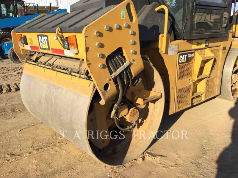 CATERPILLAR COMPACTADORES CD54B equipment  photo 21