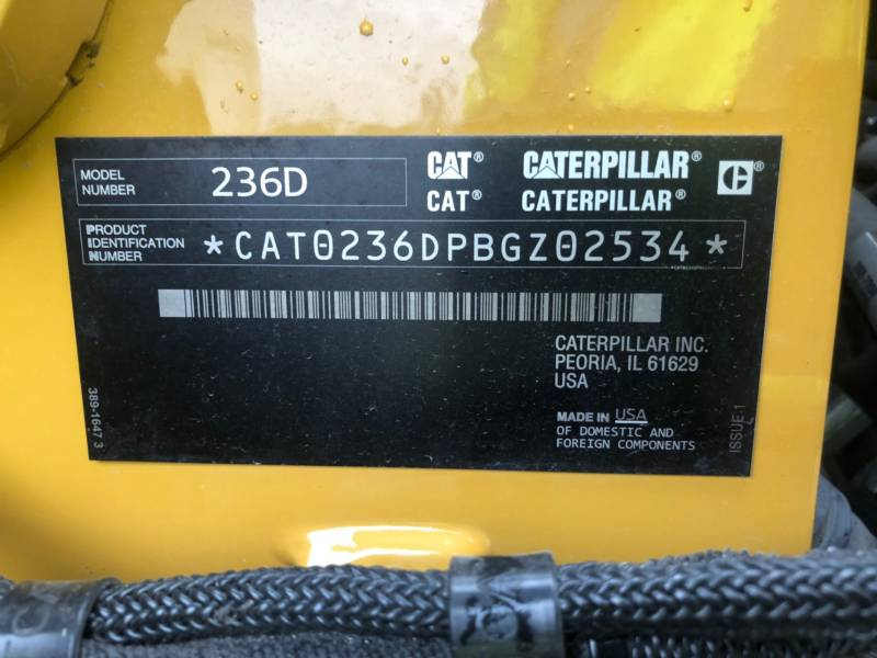 CATERPILLAR SKID STEER LOADERS 236 D equipment  photo 23