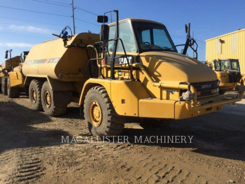 CATERPILLAR WATER TRUCKS 725 equipment  photo 1