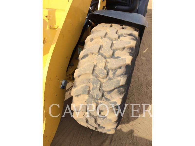 CATERPILLAR CARGADORES DE RUEDAS 906H equipment  photo 16
