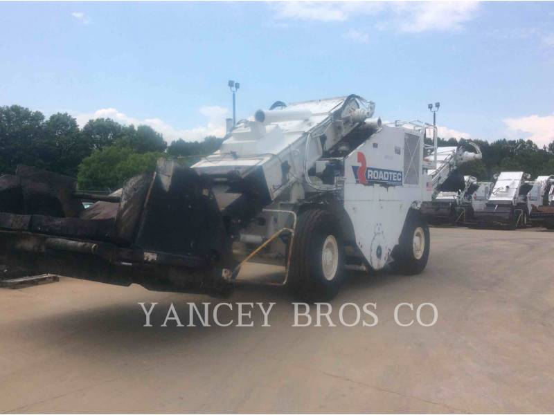 ROADTEC ASPHALT PAVERS SB2500D equipment  photo 1
