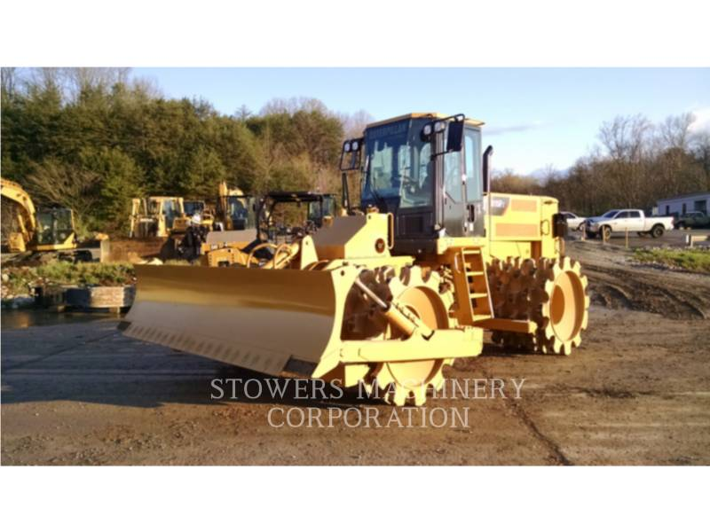 CATERPILLAR WHEEL DOZERS 815F2 equipment  photo 1