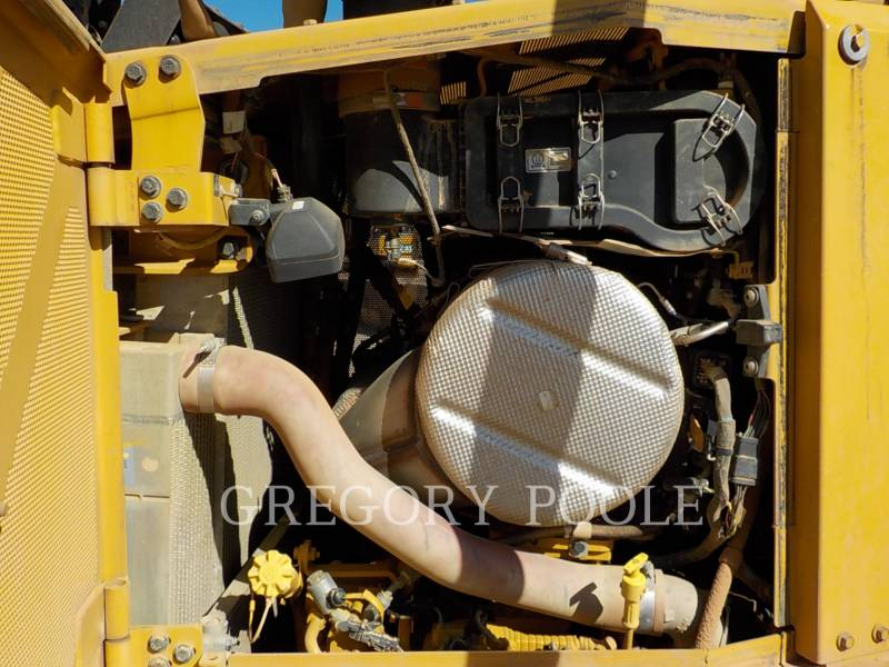 CATERPILLAR TRACTEURS SUR CHAINES D6TLGP equipment  photo 15