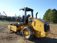 CATERPILLAR EINZELVIBRATIONSWALZE, BANDAGE CP44 equipment  photo 2