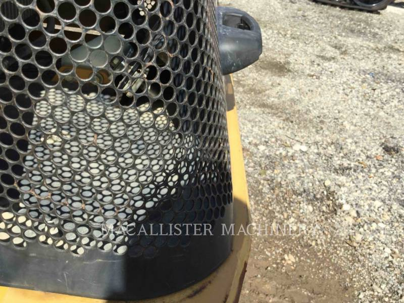 CATERPILLAR VIBRATORY SINGLE DRUM SMOOTH CS-433E equipment  photo 23
