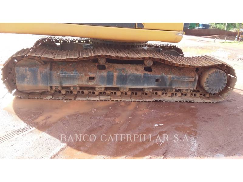 CATERPILLAR TRACK EXCAVATORS 320D equipment  photo 13
